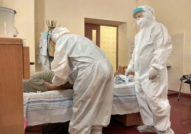 Одесская больница на Троицкой начала принимать пациентов с коронавирусом