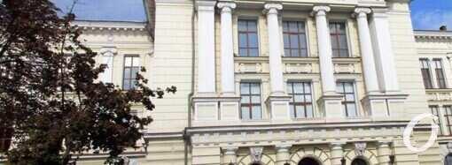 Любопытные факты о главном корпусе медицинского университета в Одессе (фото)