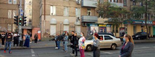 Возмущенные одесситы перекрыли улицу Преображенскую – что случилось? (видео)