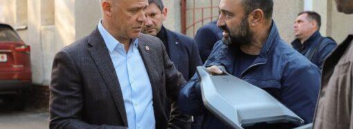Труханов: на улицах Одессы должно быть светло и безопасно