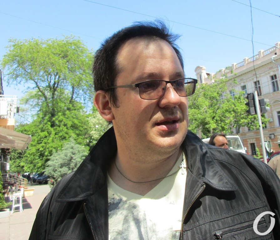 жилец обрушившегося дома в Одессе