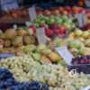 Цены на одесских рынках: почем помидоры, яблоки и хурма? (фото)