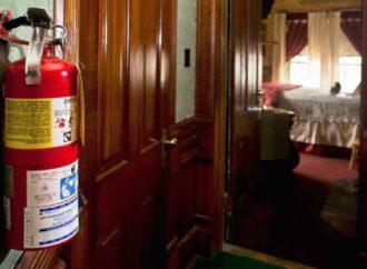 Как защитить квартиру от пожара и что делать при ЧП в высотках?