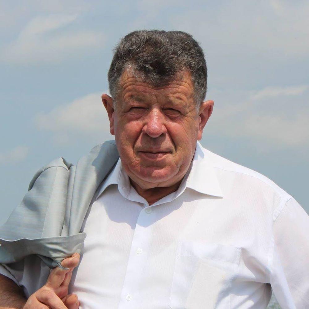 директор селекционного Соколов
