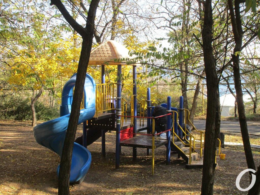 детская площадка на Трассе здоровья