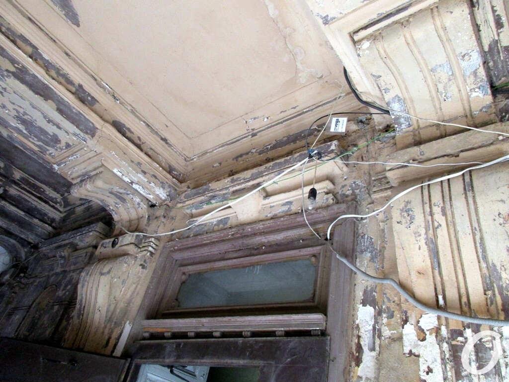 дом требует ремонта