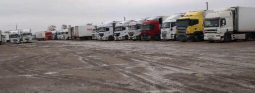 В Одесской области дальнобойщик перерезал горло коллеге