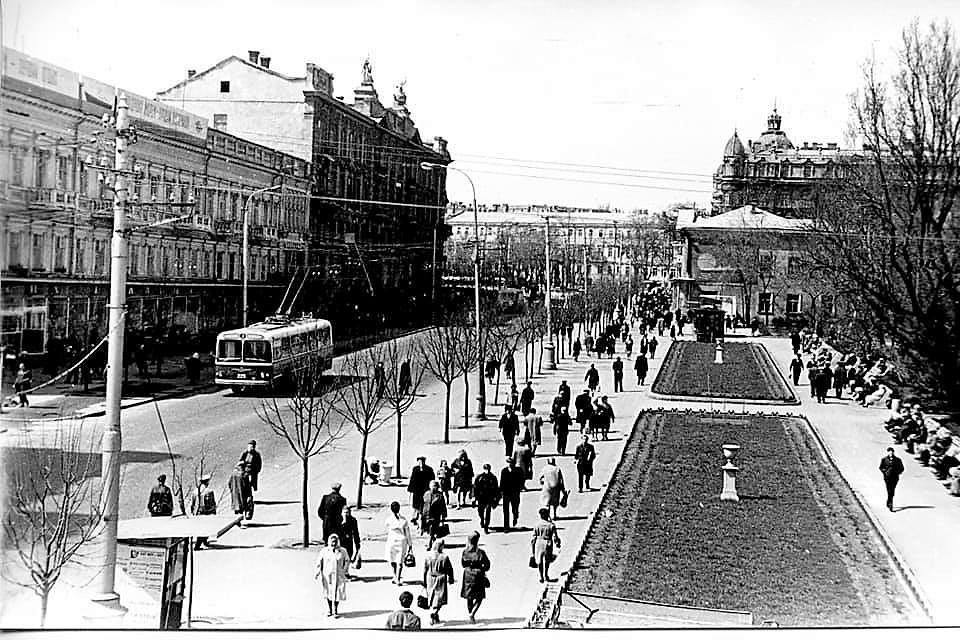 одесский троллейбус на старых фото