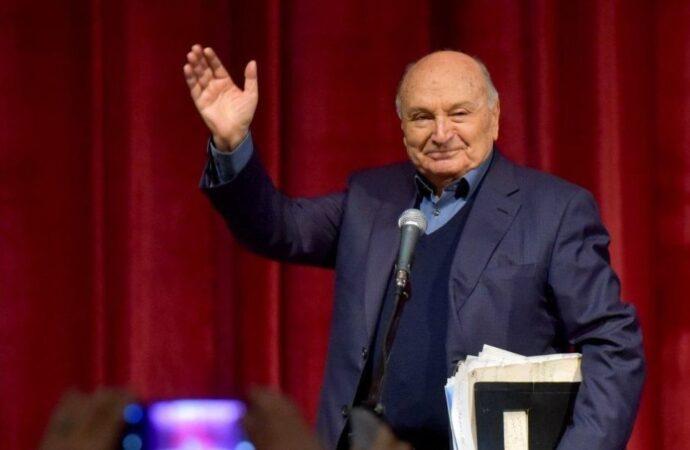 Похороны Жванецкого состоятся в Москве: названа дата