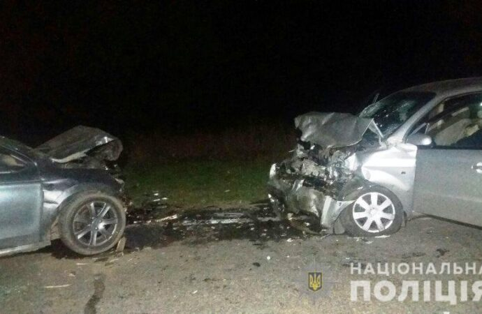 Лобовое столкновение: на трассе в Одесской области погибли люди (фото)
