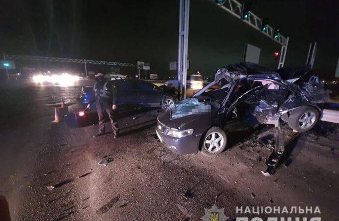 Возле одесского «7 километра» Volkswagen протаранил Honda, убив водителя