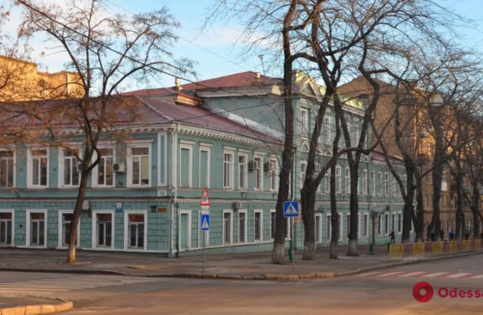 Одесский Ришельевский лицей перевели на дистанционное обучение: здесь окопался «ковид»