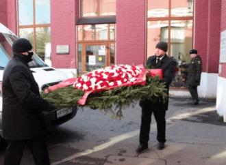 Похороны Жванецкого: появилось видео с закрытой церемонии на Новодевичьем кладбище в Москве