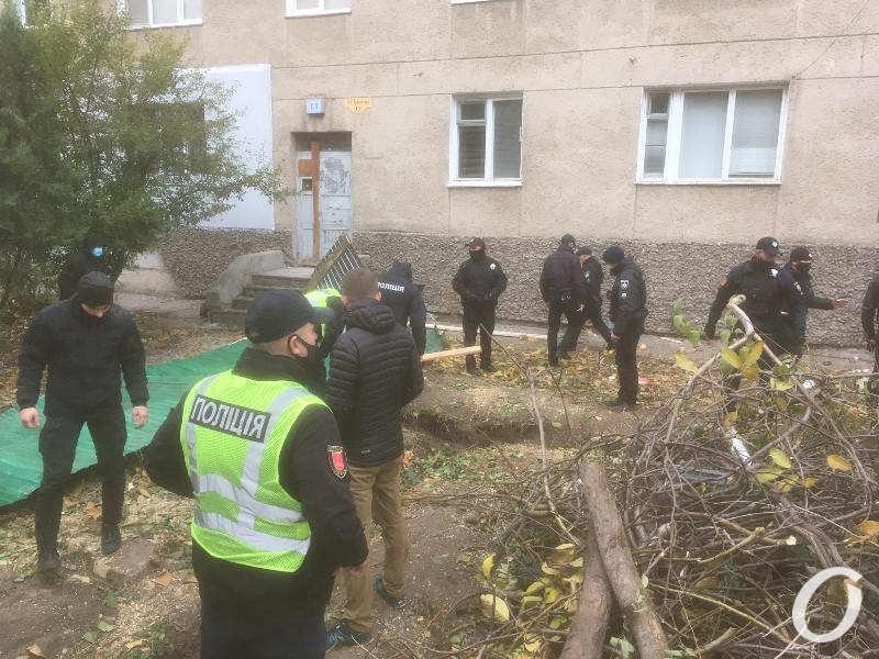 полиция на месте назаконной стройки