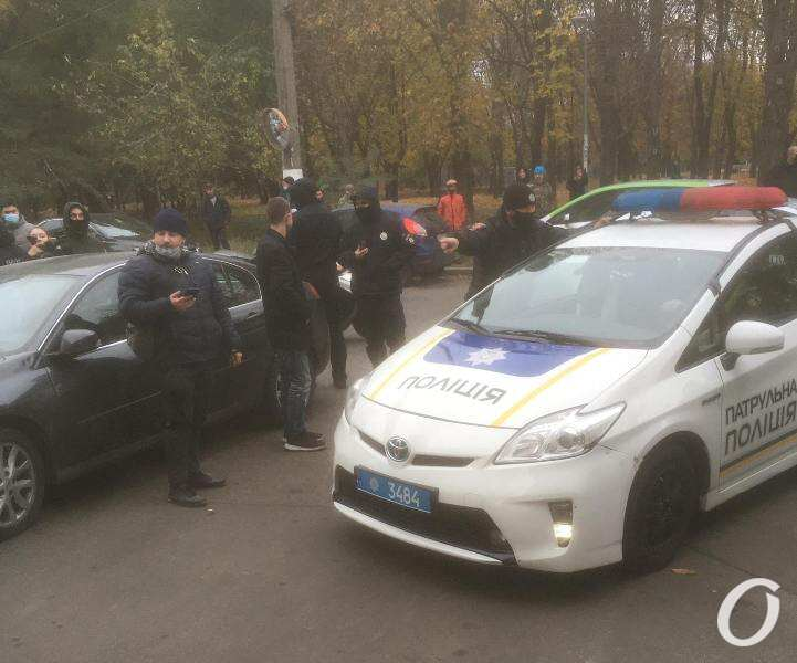 протест, прибыла полиция