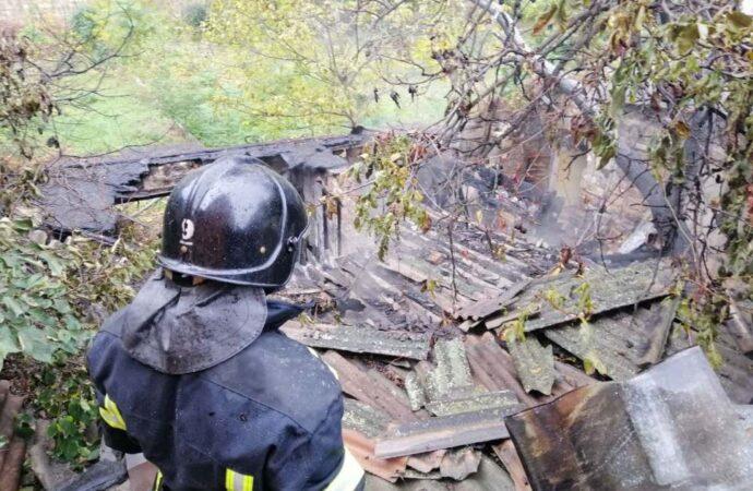 В Одессе тушили большой пожар на Фонтане
