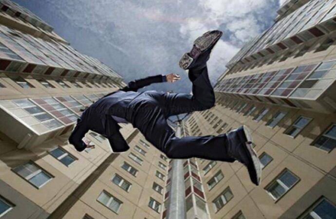 Суицид на Таирова: в Одессе мужчина свел счеты с жизнью, прыгнув с 13-го этажа