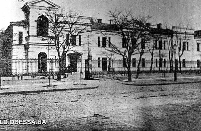Новый год в Одессе 210 лет назад: о первой одесской елке и старейшем здании, где она была установлена (фото)