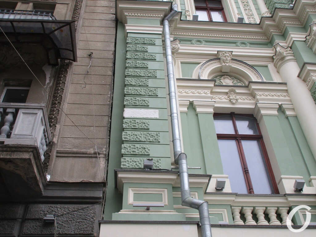 фасад дома Руссова