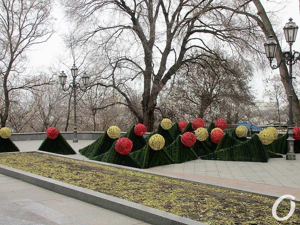 Главная елка, шары
