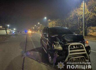 Трагедия на трассе: в Одесской области внедорожник насмерть сбил двоих людей