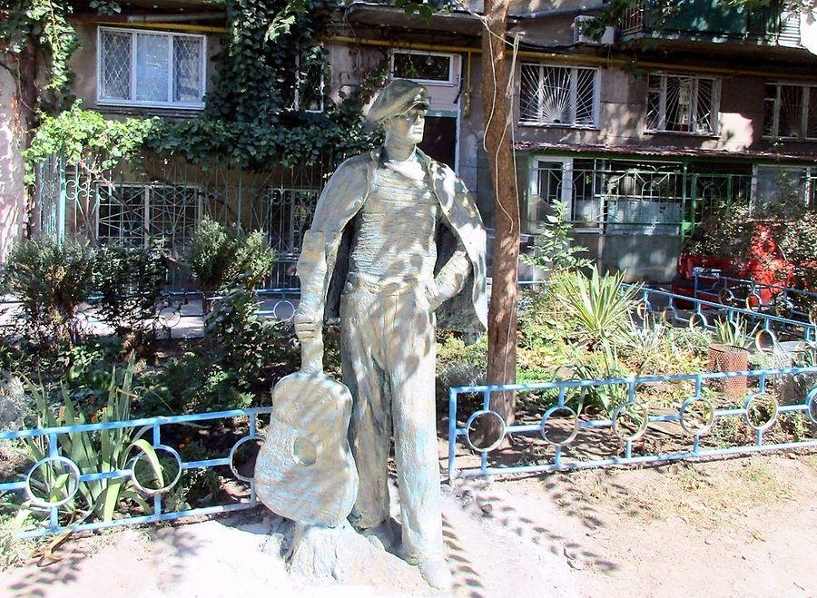 скульптура кости-моряка одесса