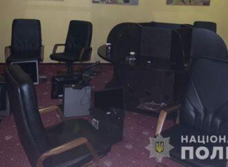 """В Одессе в жилой девятиэтажке """"накрыли"""" крупное игорное заведение"""