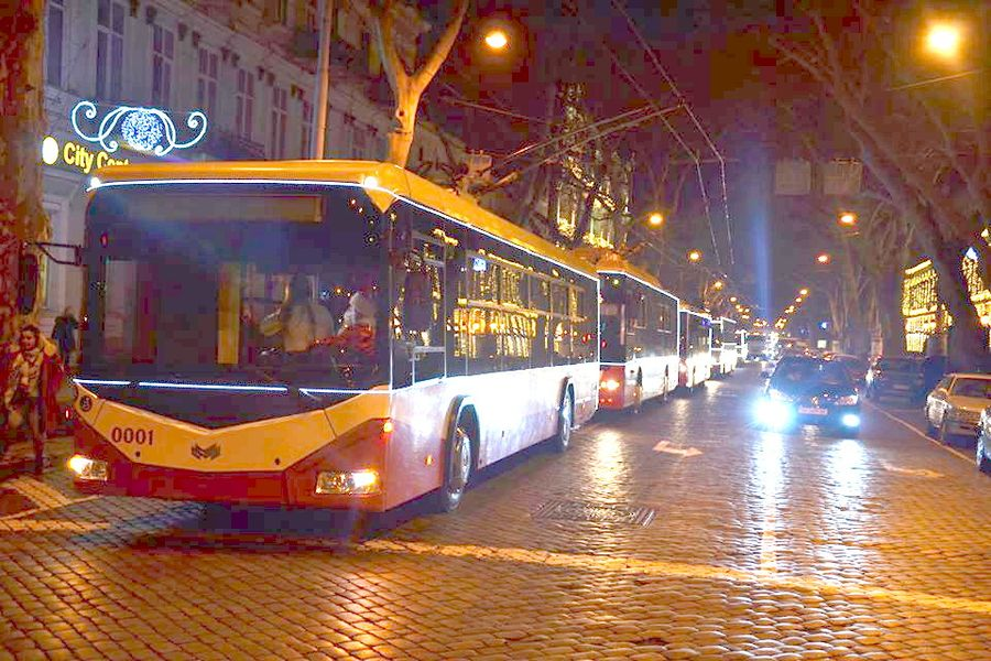парад троллейбусов и трамваев одесса
