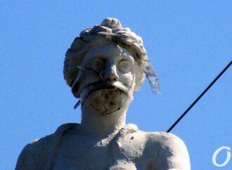 Что происходило с одесскими памятниками, арт-объектами и скульптурами в 2020-м году?