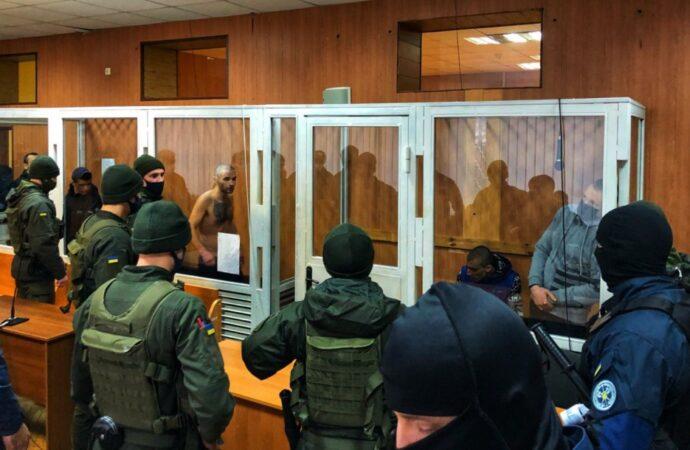 В одесском суде бунтовщики из Южной колонии снова резали себе вены