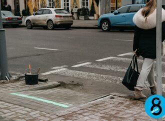 В центре Одессы появился еще один LED-светофор (видео)