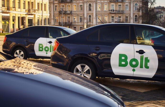 Как стать водителем такси, не имея собственной машины?