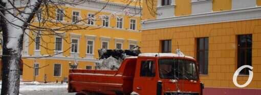 В Одессе планируют отказаться от песка и соли во время гололеда