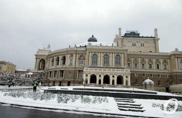 Старый Новый год по-одесски: заснеженный центр города (фото)