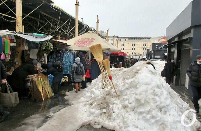 Главные события Одессы за 30 января: шоу возле мэрии и Привоз в сугробах