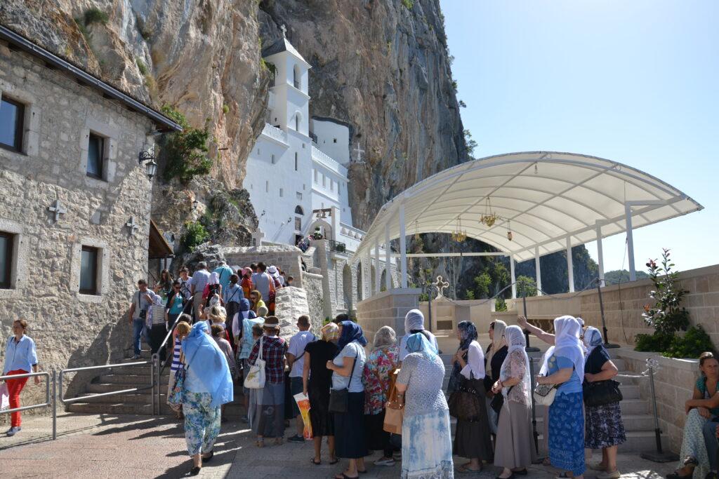 монастырь в черногории