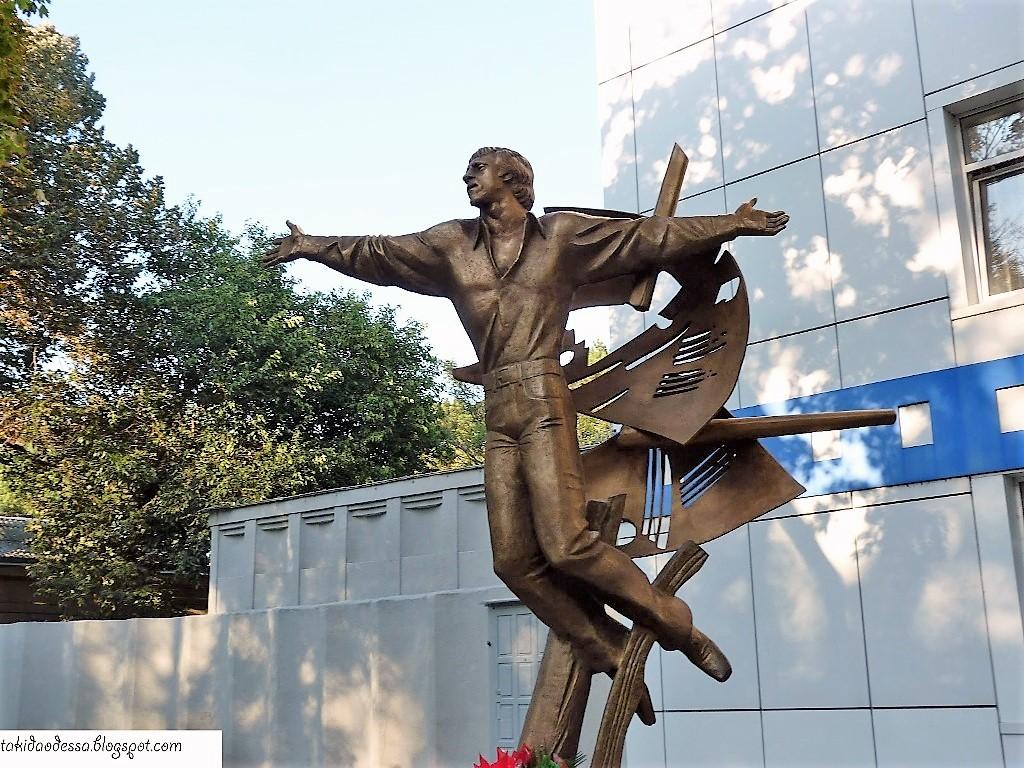 Высоцкий и Одесса, скульптура