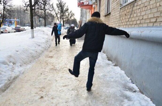 Гололед в Одессе: за сутки травмировались уже полсотни горожан