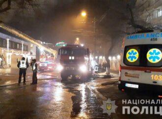 В Одессе объявили подозрение владельцу сгоревшего хостела на Посмитного (видео)