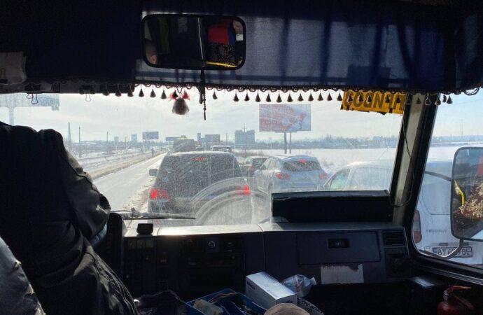 Дорогу Одесса – Черноморск сковала огромная пробка (фото, видео)