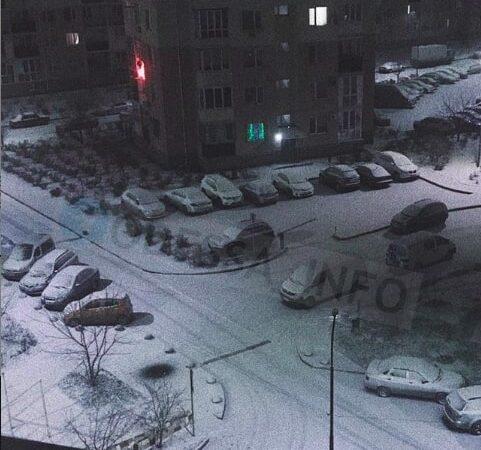 Снегопад в Одессе: мэрия просит людей поменьше передвигаться по городу