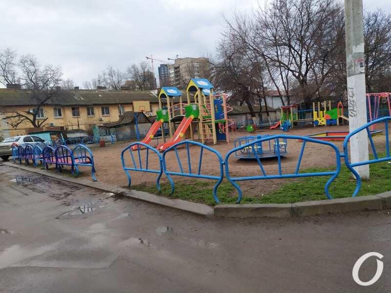 3-я станция Люстдорфской дороги, детская площадка