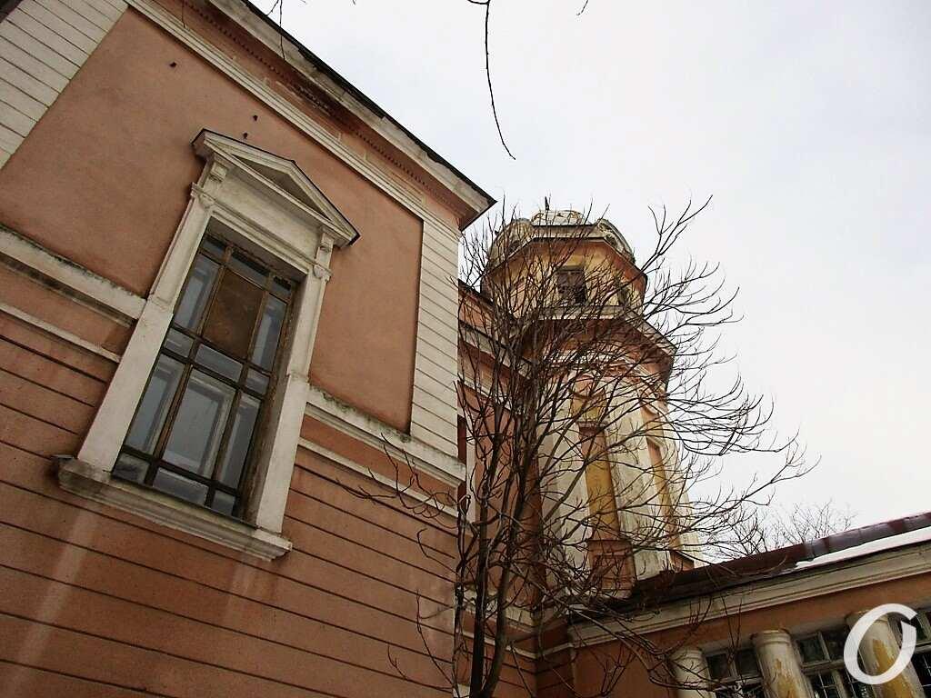 Дача Маразли, фасад