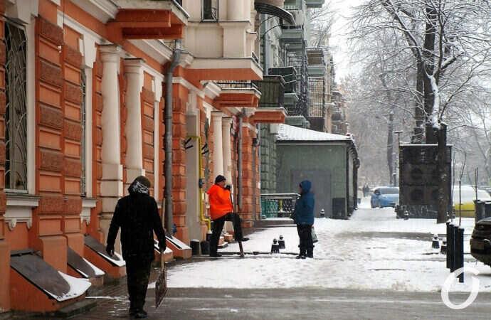 Снегопад по-одесски: как там обновленная Софиевская? (фоторепортаж)