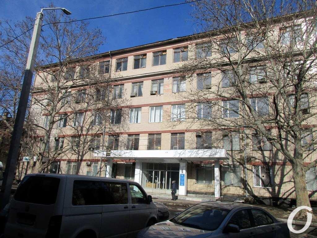 Высокий переулок, здание