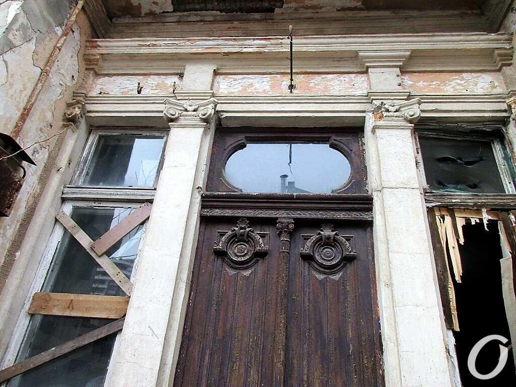 особняк Тауэр, старинные двери