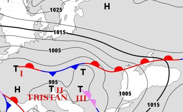 """Циклон """"Тристан"""" накроет Одессу"""