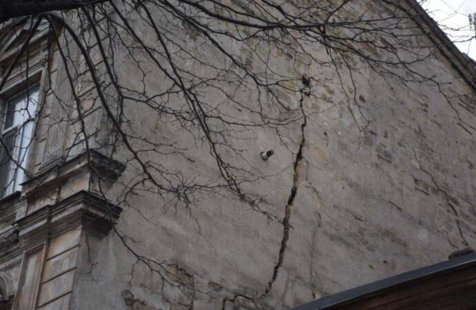 Главные новости Одессы 27 февраля: глава нового района и треснувший дом