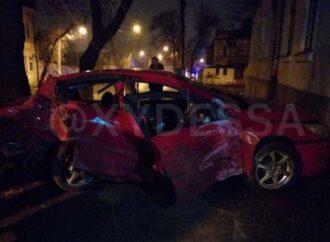Пьяный водитель без прав оставил без света часть одесской Слободки