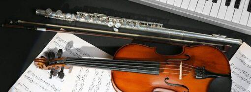 В Одессе закупили новые музыкальные инструменты для художественных школ